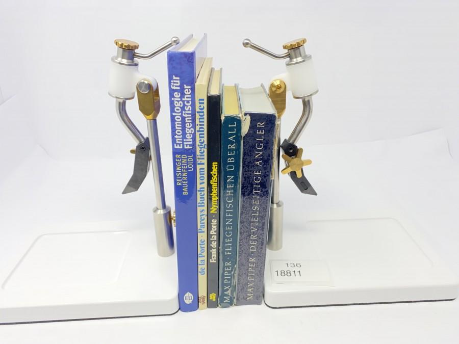 5 Bücher: Entomologie für Fliegenfischer von Reisinger/Bauernfeind/Loidl, Buch vom Fliegenbinden von Frank de la Porte, Nymphenfischen von Frank de la Porte, Fliegenfischen überall von Max Piper, der vielseitige Angler von Max Piper