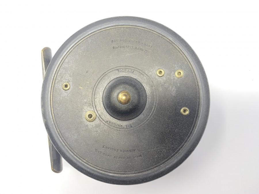 """Fliegenrolle Hardy Uniqua 3 3/4"""", Rechts- oder Linkshand, 35mm Spaltenbreite, glatter Messingfuß, Telefon Latch, Leder Rollenbeutel, technisch sehr gut, Gebrauchsspuren"""