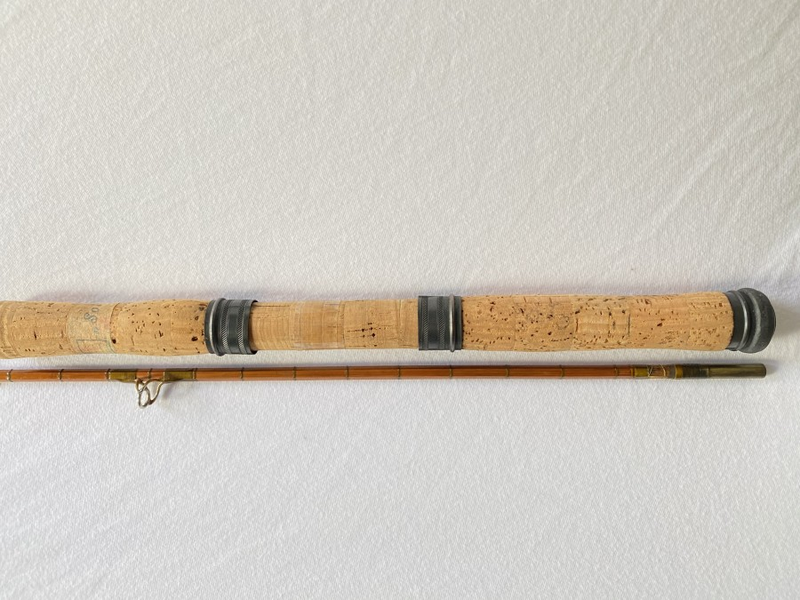 Vintage Spinnrute, gespliesst, SOL, 2tlg., 2m lang, Futteral, reparaturbedürftig, Wicklung bei Hülse fehlt