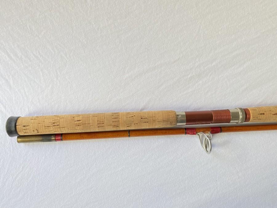 Vintage Huchenrute, Glasfaser von Engelbrecht München, 2tlg., 2,75m, Futteral, ideal für Huchen bis 50 kg