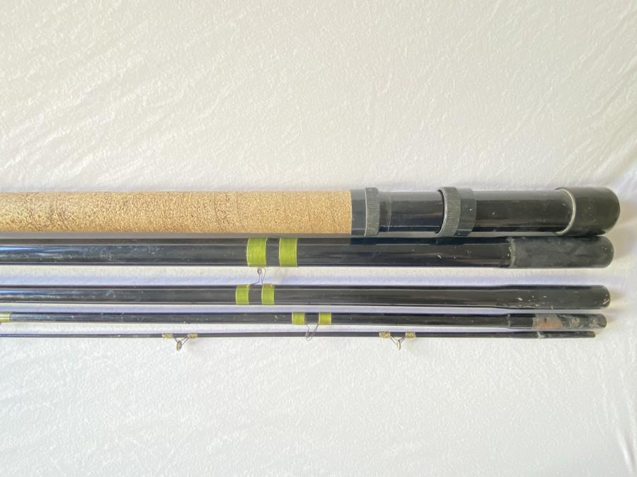 Matchrute. Glasfaser, Robert Eberhard, Berlin, 5tlg., 5,60m, starke Gebrauchspuren, sollte neu beringt werden