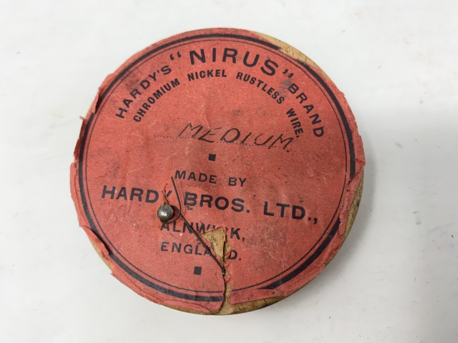 Hardy's Nirus Brand, Chrom Nickel Draht, medium