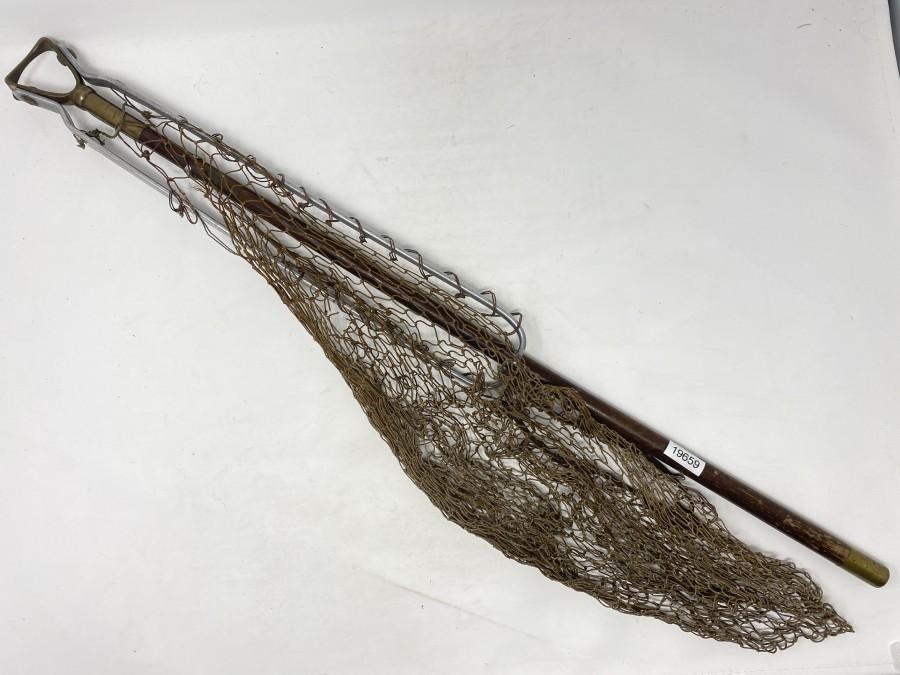"Hardy-Early Folding Landing Net, 17"" Folding alloy Belt Clip, Brass Strangulier Head, 27"" Mahagoni Handle, Knotted Wax Mesh net, stamped Hardy Bros. on Belt Clip, Marked Hardy Brothers Ltd, Alcock on Brass Ferrule"