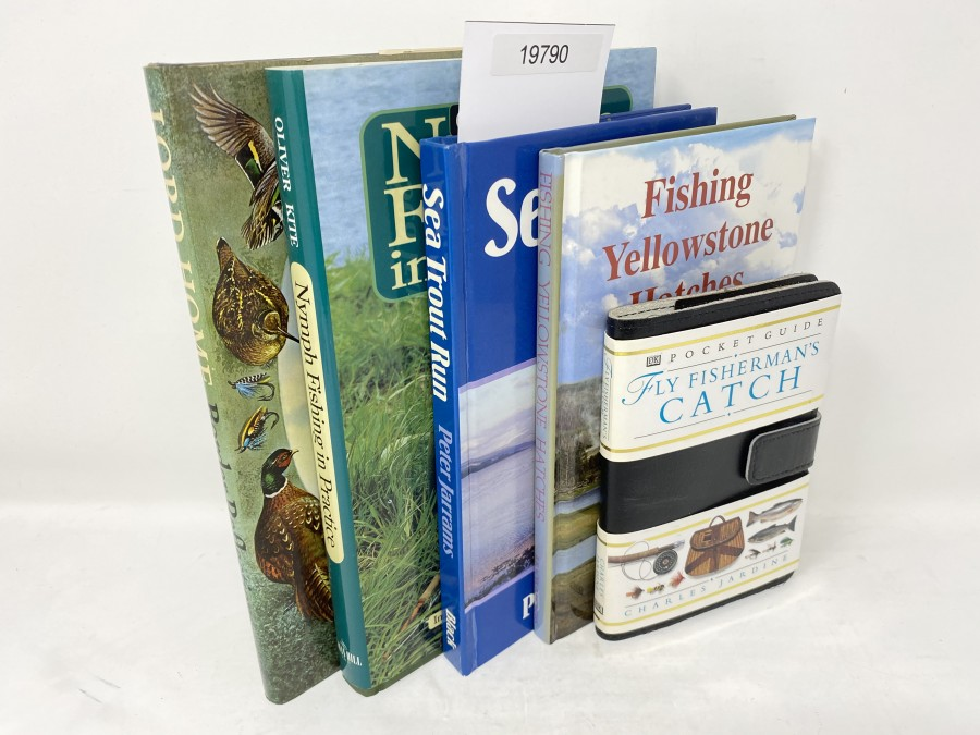 5 Bücher: Border Reflections chiefly on the arts of shotting and fishing, Lord Home, 1979;  Nymph Fishing in Practice, Oliver Kite, 2000; Sea Trout Run, Peter Jarrams, 1987; Fishing Yellowstone Hatches, John Juracek/Craig Mathews, 1992; Pocket Guide Fly Fisherman´s Catch, Charles Jardine