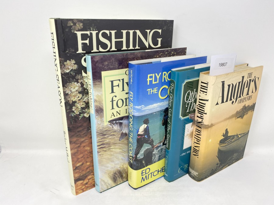 5 Bücher: Fishing Season, An Artist's Fishing Year, Rodger McPhail, 1990; Flyfishing for Salmon an Introduction, Colin McKelvie, 1995;  Fly Rodding The Coast, Ed Mitchell, 1995;  The Anglers Companion, Brian Murphy, 1978; The other Side of the Stream, C.B. McCully, 1998