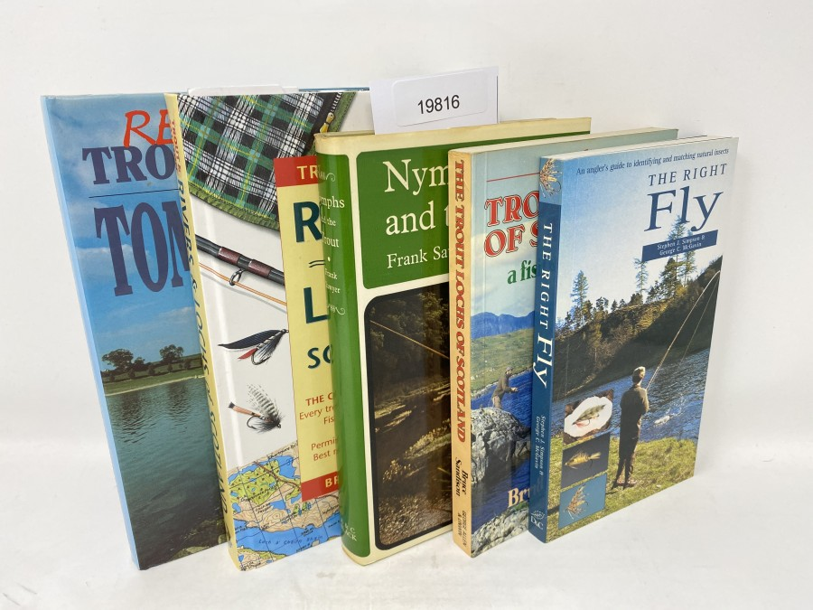 5 Bücher: Reservoir Trout Fishing, Tom Saville, 1991; Trout & Salmon Rivers and Lochs of Scotland, Bruce Sandison, 1997; Nymphs and the Trout, Frank Sawyer, 1970; The Trout Lochs of Scotland a fisherman's guide, Bruce Sandison, 1983; The Right Fly, Stephen J. Simpson/George C.McGavin, 2002