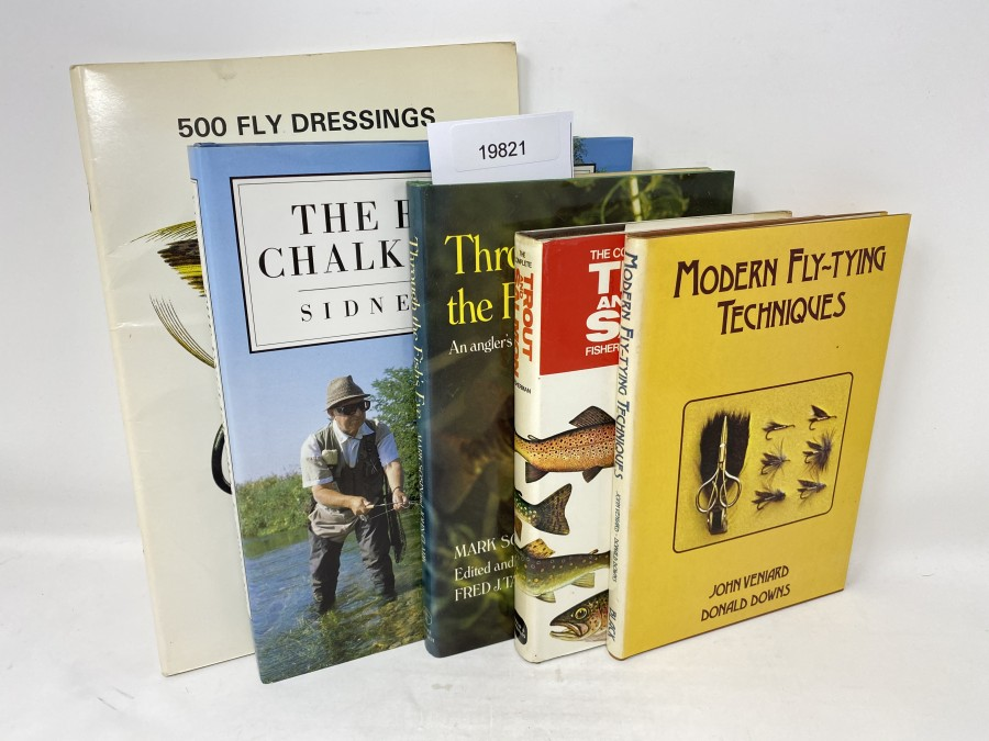 5 Bücher: 500 Fly Dresings, Illustrated in Colour, Veniard; The English Chalk Streams, Sidney Vines, 1992; Through the Fis's Eyes, An anglers guide to fish behavior, Mark Sosin/John Clark, 1976; The Complete Trout and Salmon Fisherman, David & Charles, 1979; Modern Fly Tying Techniques, John Veniard/Donald Downs, 1979