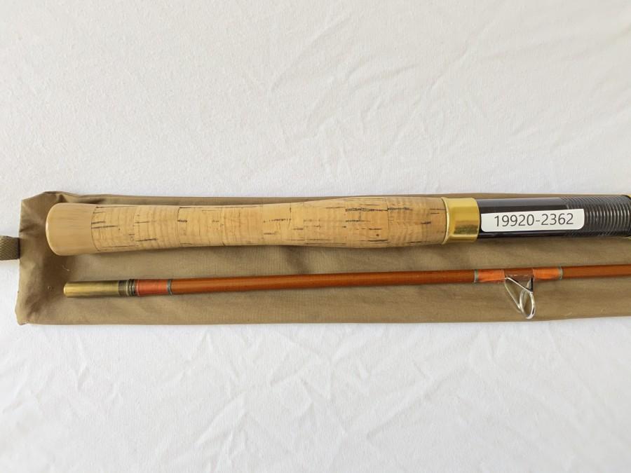 Spinnrute Inlet - Schreck, Glasfaser, 2 tlg.,112/3, 2,00m, Wurfgewicht bis 30 Gramm, Originalfutteral, Gebrauchsspuren