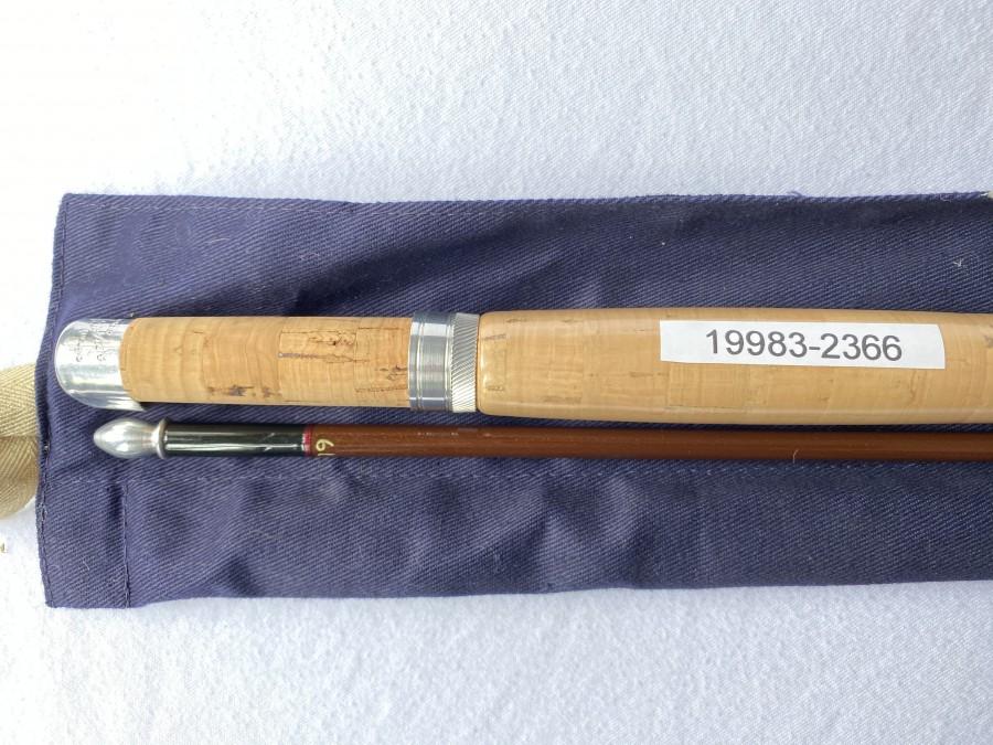 Fliegenrute Hardy Fibatube, Hohlglas, braun,  2tlg., 230cm, #5, Originalfutteral, Glasfaserzapfen sehr gut, Korkgriff wie neu, mit Schutz, ganz leichte Gebrauchsspuren