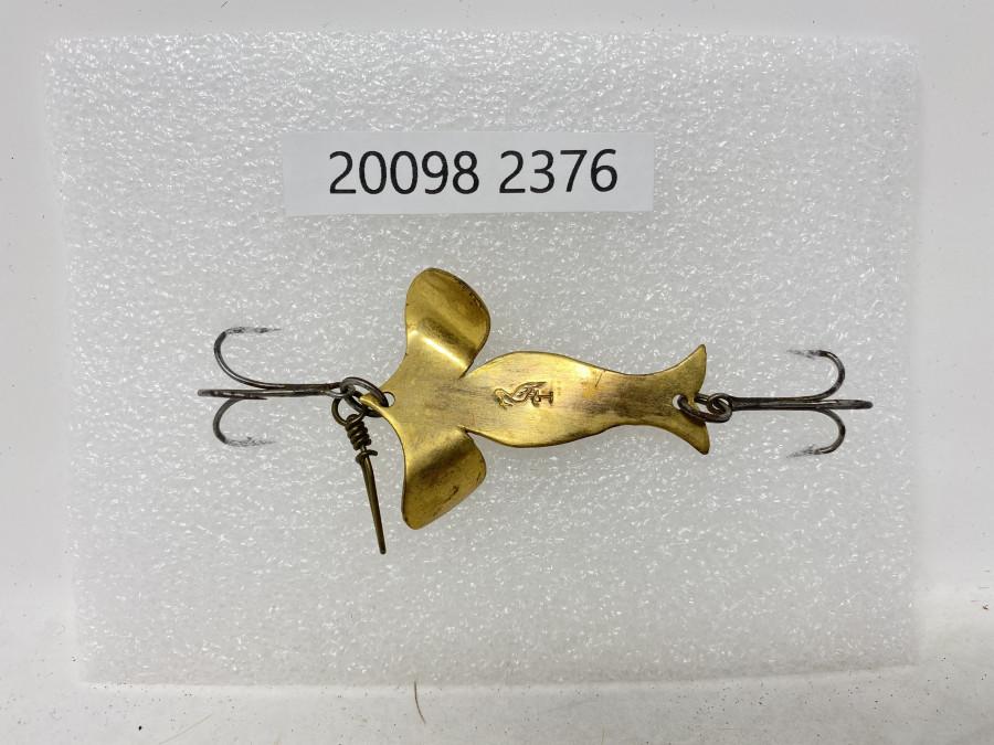 Köder, Stork Carmen Spinner, beidseitig vergoldet, mit Storch Logo, Köderlänge 51 mm, Flügelbreite 38 mm, Köderlänge inclusive der Drillinge wie abgebildet 96 mm, sehr selten