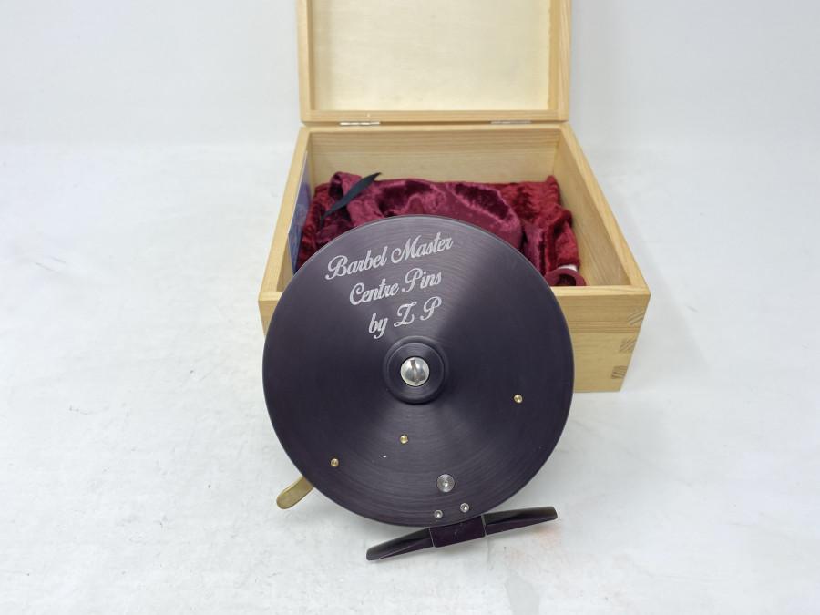 Centerpinrolle,  Barbel Master Centre Pins by. ZP, Made in Germany, im Holzkasten, neu und ungefischt