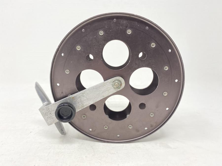 Hegene Laufrolle, Alu Rollenfuß, Spule braun eloxiert, 145mm Durchmesser, hört nicht auf zu laufen, sehr gute Schweizer Qualität