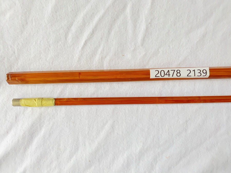 Gespliesster Spinnrutenblank, 2tlg., 2m lang, 125 Gramm, Wurfgewicht 8 - 12 Gramm, mit Neusilberhülsen, neu, im Kunststoff Transportrohr