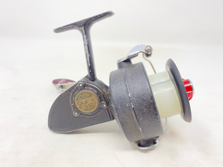 Stationärrolle, DAM Quick 440, Gebrauchsspuren