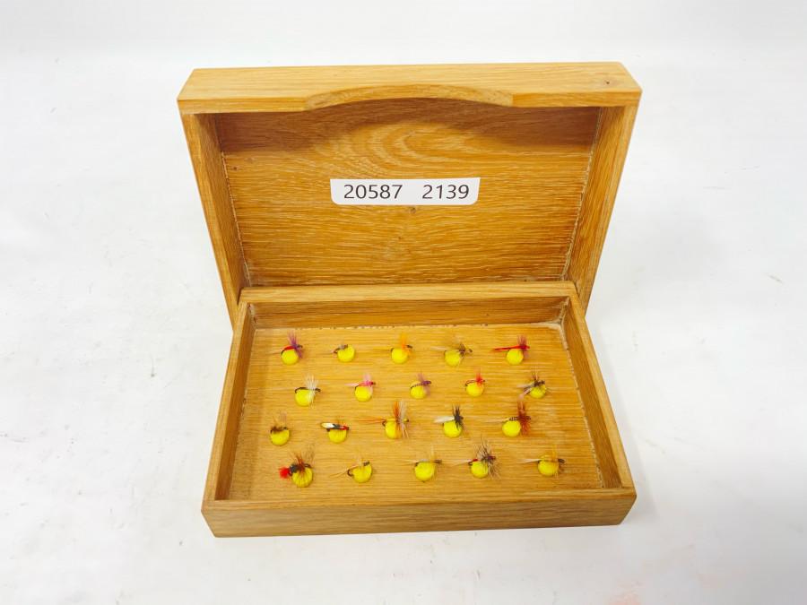 Holzfliegenbox, mit 20 kleinen Äschenfliegen, sehr gute Qualität