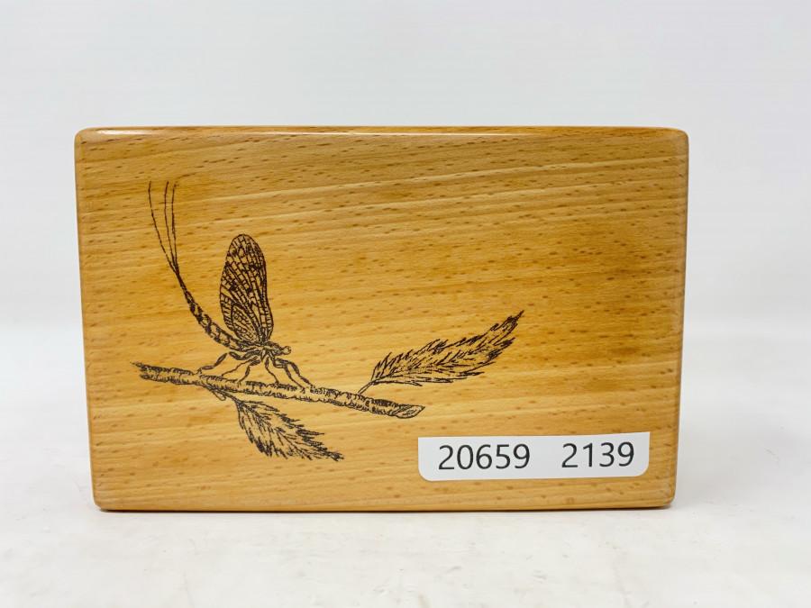Fliegenbox aus Holz, 6 Fächer, 135x85x35mm, sehr schöne Arbeit, Made in Bavaria
