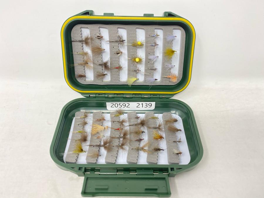 Fliegenbox mit 52 Trockefliegen für Forellen und Äschen