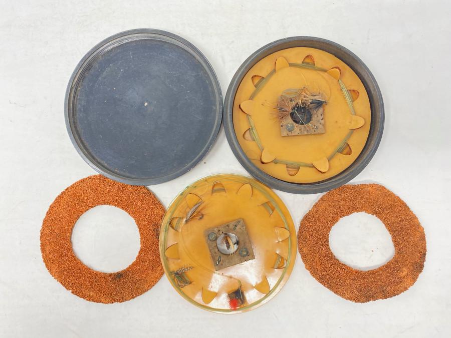 Vorfach- und Fliegendose, Hardy Bros, Made in England, Bakelit, mit Vorfach und Fliegen