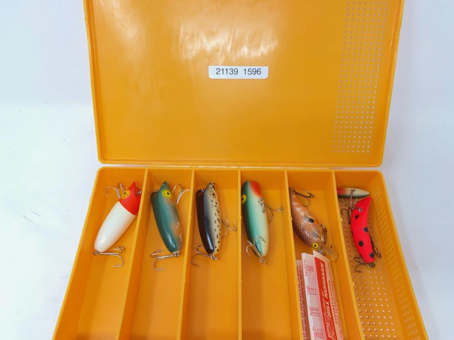 Köderbox mit 7 Wobblern von Bill Norman, ungefischt