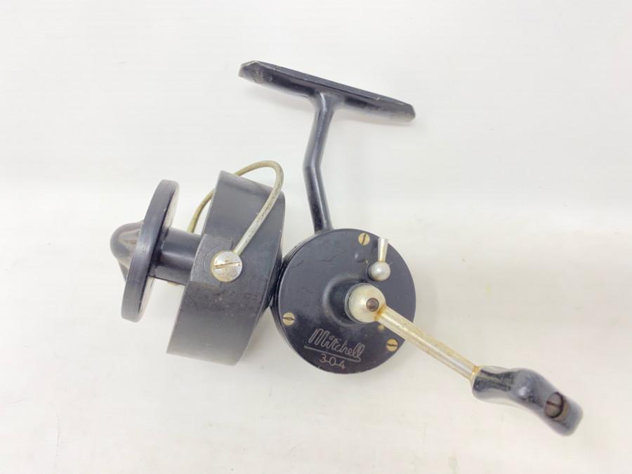 Stationärrolle, Mitchell 304, Made in France, Gebrauchsspuren