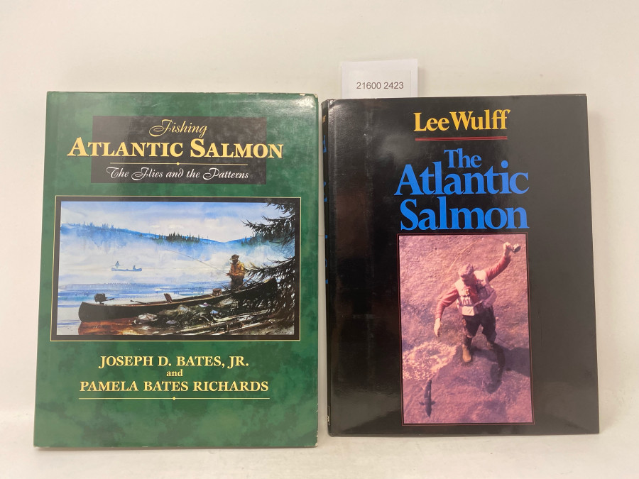 2 Bücher: Fishing Atlantic Salmon. The Flies and the Patterns, Joseph D. Bates, Jr. and Pamela Bates Richards, 1996; The Atlantic Salmon, Lee Wulff, 1983