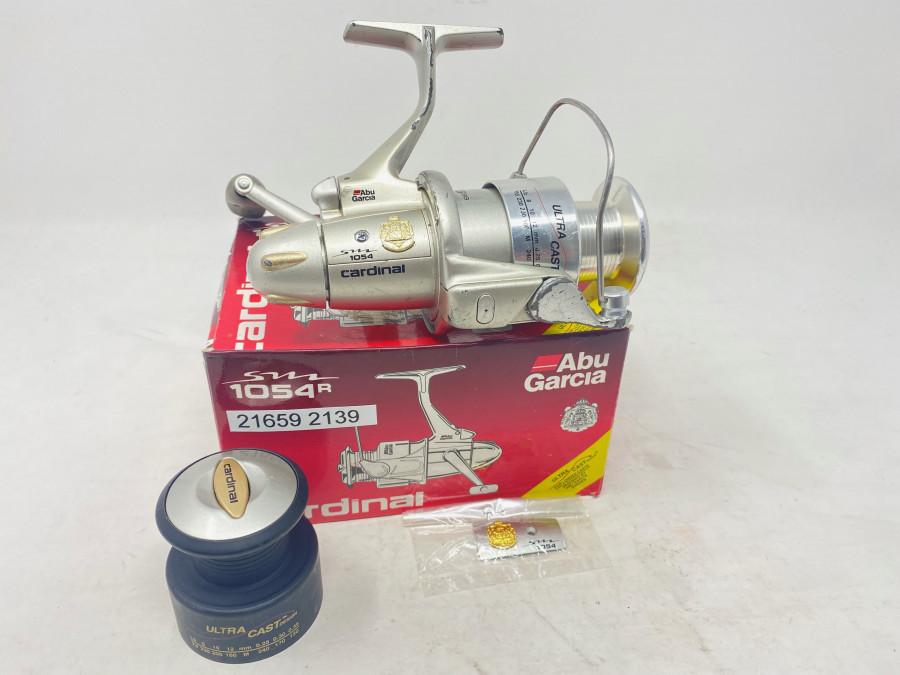 Stationärrolle, ABU Garcia Cardinal 1054, Reservespule, technisch gut, starke Gebrauchsspuren