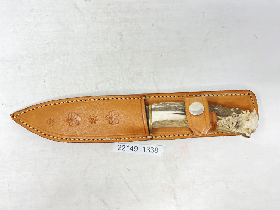 Karpfenangler Messer, Horngriff mit geschnitzem Karpfen, Gesamtlänge 240mm, Lederscheide, wunderschöne Arbeit