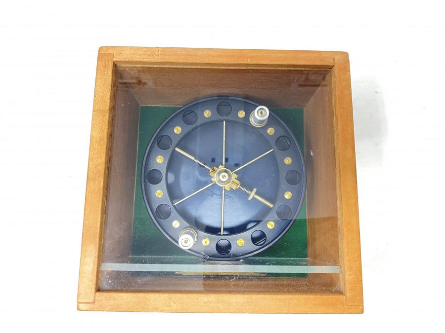 Centerpinrolle, Match Aerial, Regd No. 365091, Rollendurchmesser 110, Rollenbreite 30mm, sehr guter Zustand, in Holzbox